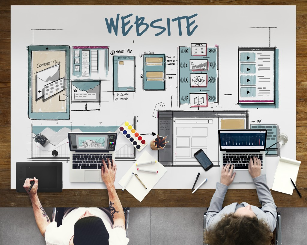 Employee designing website