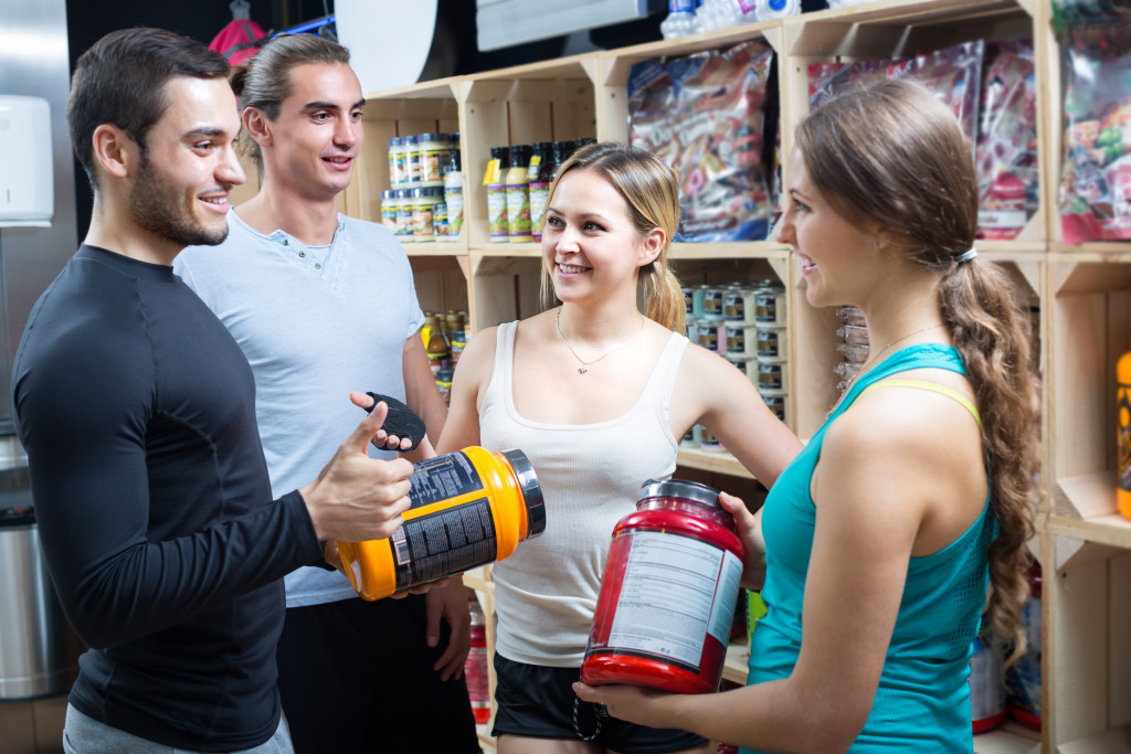 people purchasing supplements
