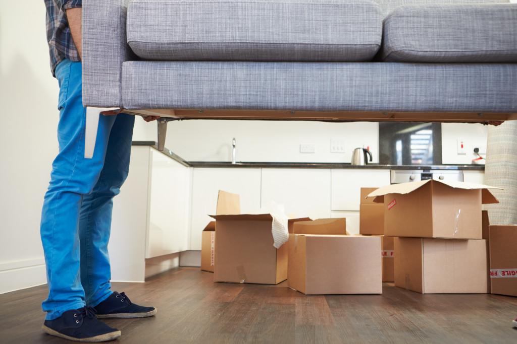 moving furnitures